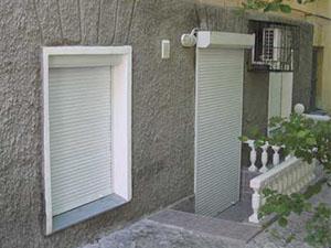 Как собрать защитные ролеты на окна