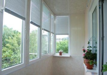 kakie-zhalyuzi-luchshe-na-balkon-3